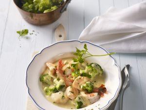Garnelen-Lachs-Suppe mit Brokkoli Rezept