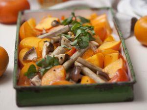 Gebackene Kaki mit Pilzen und Schwarzwurzel Rezept