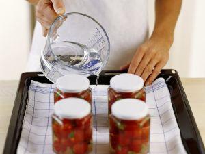 Gebackene Kirschtomaten mit Basilikum Rezept