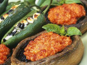 Gebackene Paprika und Pilze mit Füllung Rezept