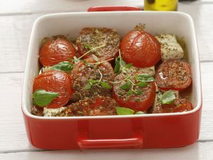 Gebackene Tomaten mit Schafskäse Rezept