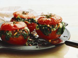 Gebackene Tomaten mit Spinatfüllung Rezept