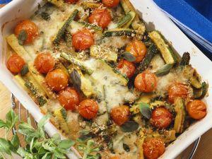 Gebackene Zucchini mit Tomaten Rezept