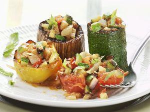 Gebackenes Gemüse mit Füllung Rezept