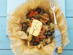Gebackenes Lamm mit Gemüse und Feta Rezept