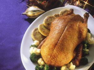 Gebratene Ente mit Brokkoli und Blumenkohl Rezept
