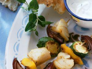 Gebratene Kabeljau-Gemüsespieße Rezept