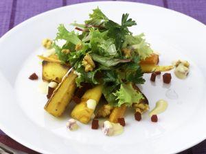 Gebratene Pastinaken mit Endivien-Rote-Bete-Salat Rezept