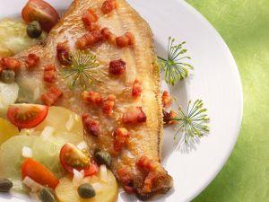 Gebratene Scholle mit Speck und Kartoffelsalat Rezept