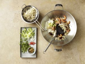 Gebratenen Reis zubereiten