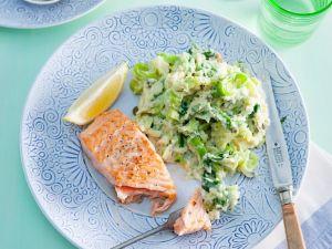 Gebratener Lachs mit Kartoffel-Lauch-Püree Rezept