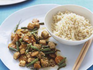 Gebratener Tofu mit Gemüse Rezept