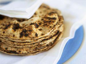 Gebratenes Fladenbrot aus Indien (Chapatis) Rezept