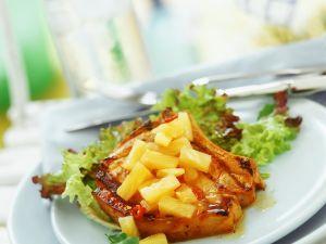 Gebratenes Kotelett mit Ananas Rezept
