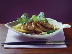 Gebratenes Schweinefleisch mit Bambus Rezept