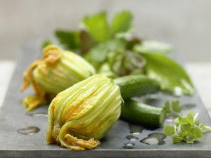 Gedämpfte Zucchiniblüten Rezept