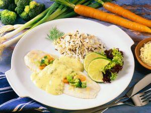 Gedämpfter Fisch mit Petersilien-Hollandaise Rezept