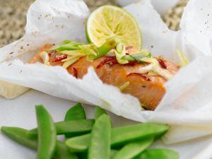 Gedämpfter Lachs mit Zuckerschoten Rezept