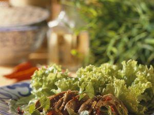 Gedünstetes Schweinefilet mit Salat Rezept