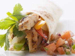 Geflügel-Wrap mit Salsa Rezept