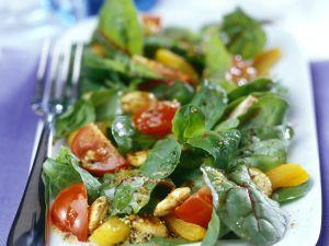 Geflügelsalat mit Rote-Bete-Blättern Rezept