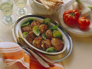 Gefüllte Buletten mit Tomate-Mozzarella Rezept