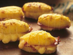 Gefüllte, gebackene Kartoffeln Rezept