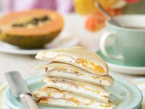 Gefüllte kleine Pfannkuchen mit Ricotta, Ei und Schinken Rezept