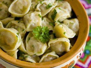 Gefüllte Nudeltaschen auf ukrainische Art Rezept