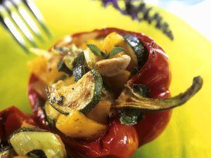 Gefüllte Paprika mit Gemüse Rezept