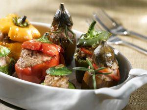 Gefüllte Paprika und Auberginen Rezept