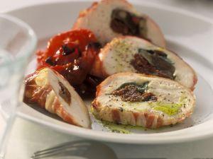 Gefüllte Poulardenbrust mit getrockneten Tomaten und Paprikagemüse Rezept