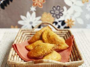 Gefüllte Teigtaschen nach Jamaikanischer Art Rezept