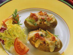Gefüllte, überbackene Kartoffeln Rezept