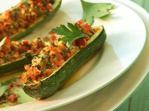 Gefüllte Zucchini mit Champignons Rezept