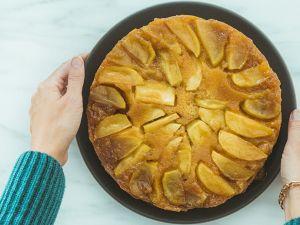 Gefüllter Apfelkuchen mit Quark-Leinöl-Decke Rezept