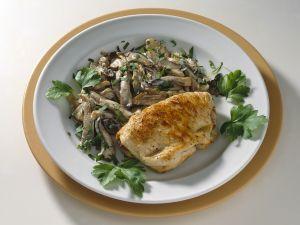 Gefülltea Putenschnitzel mit Pilzen Rezept