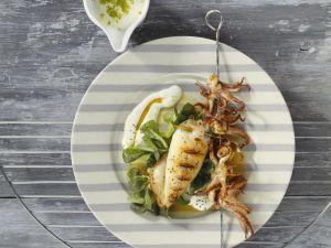 Gegrillte Calamari mit Feldsalat Rezept