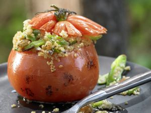Gegrillte Couscous-Tomaten Rezept