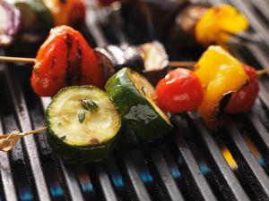 Gegrillte Gemüsespieße Rezept