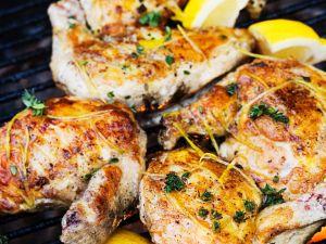 Gegrillte Hähnchenkeulen Rezept
