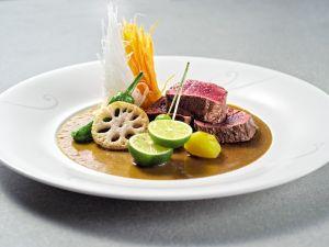 Gegrillte Rehsteaks mit Wasabi-Umeboshi-Sauce Rezept