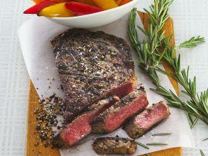 Gegrillte Steaks mit Paprika Rezept