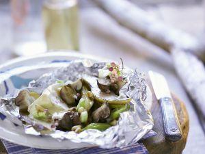 Gegrillter Camembert mit Birne, Pilzen und Porree Rezept