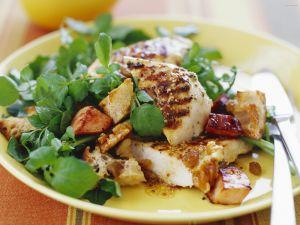 Gemischter Salat mit gegrilltem Hähnchen Rezept