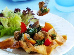 Gemüse auf Filoteig gebacken Rezept