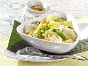 Gemüse-Curry mit Ananas und Bananen Rezept