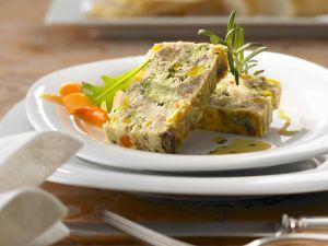 Gemüse-Kastanien-Terrine Rosmarinvinaigrette Rezept