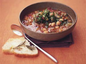 Gemüse-Kichererbsen-Suppe Rezept