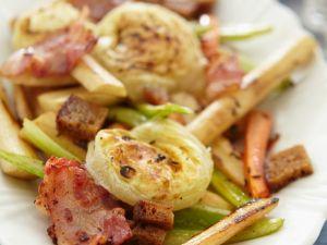 Gemüse mit Kartoffelgratin und Speck Rezept